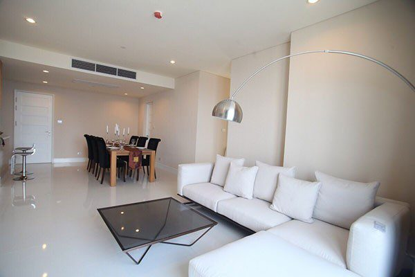 Aguston-Sukhumvit-22-Bangkok-condo-3-bedreoom-for-sale-1